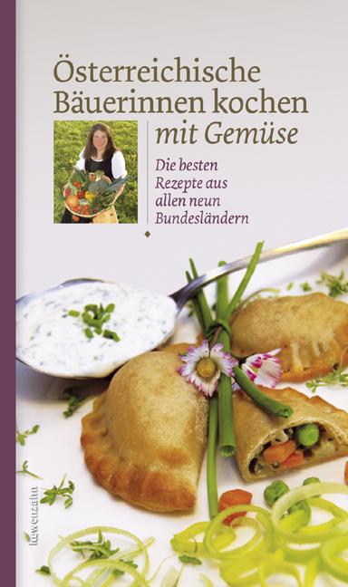 Österreichische Bäuerinnen kochen mit Gemüse. D...