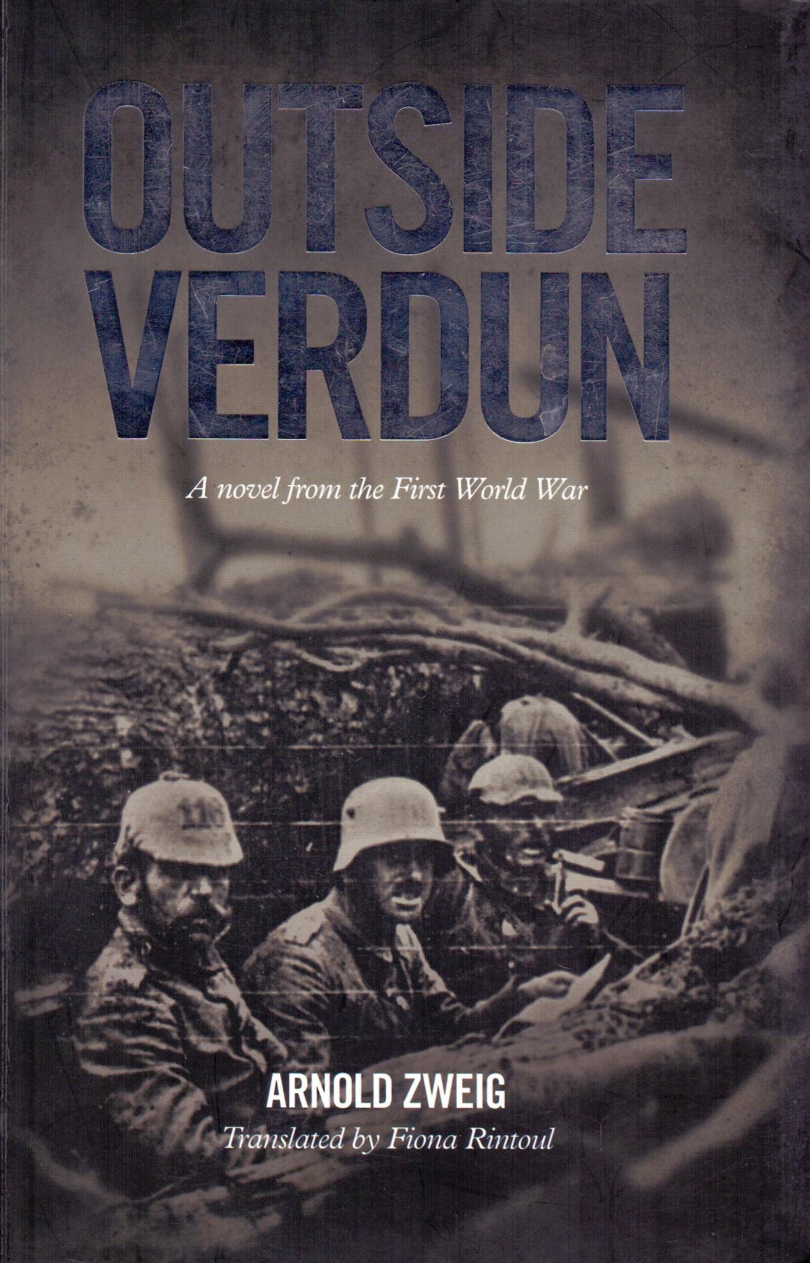 Outside Verdun - Arnold Zweig [Paperback]